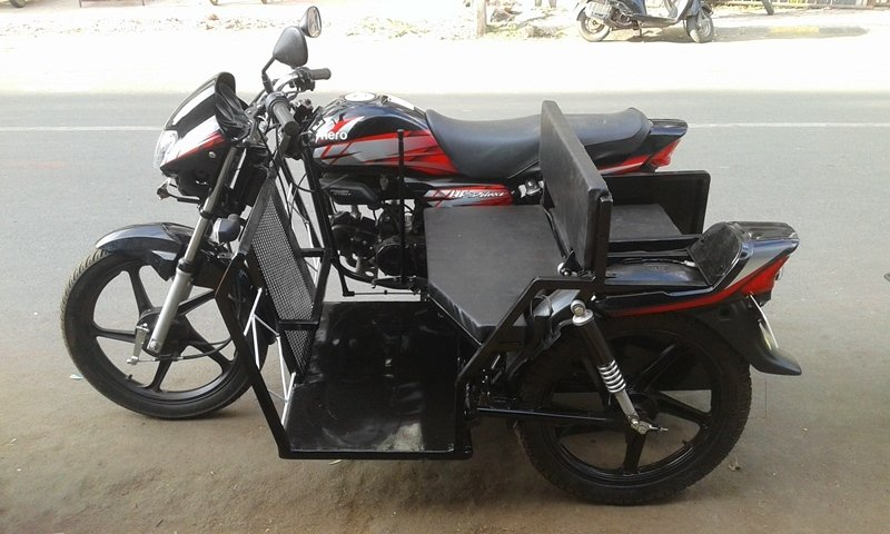 Khodiyar Tricycle